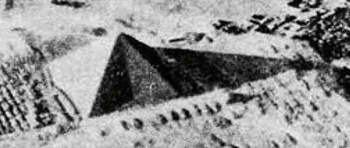 pyramid-equinox